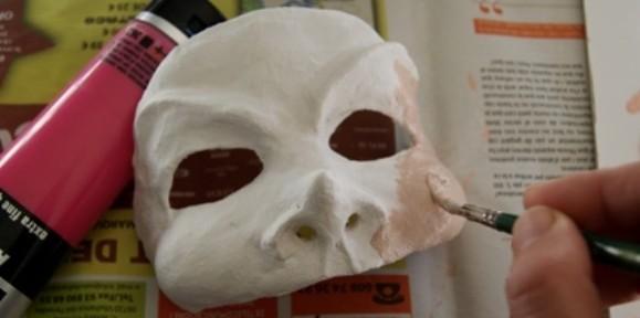 Crea tu propia máscara con escayola