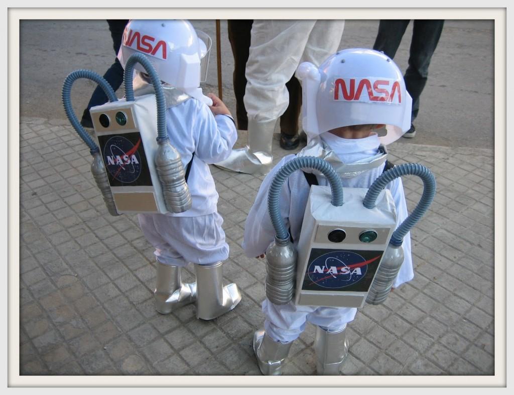 Como hacer un disfraz de astronauta sencillo - Imagui