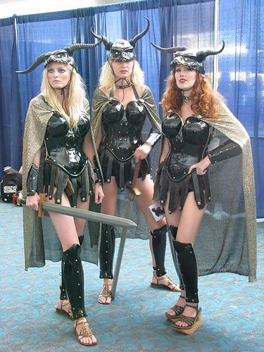 Las chicas son guerreras.